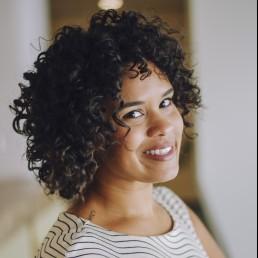 Carla Gualdron headshot