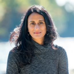 Headshot of Bina Venkataraman, Pros&Conversation guest author