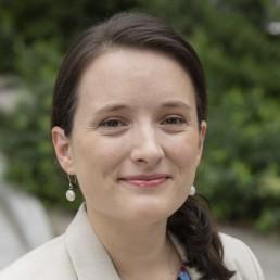 Headshot of Stacy Sirois